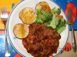 chili baked potato veggies
