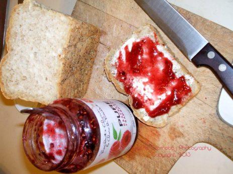 rasberry jam snack