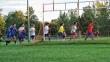 Highschool runners in Spring training.