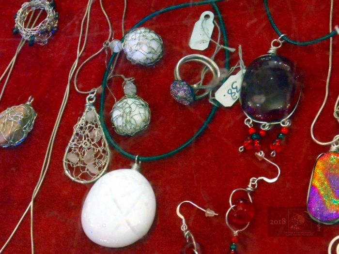 Authentic hand crafted fine silver jewelry displayed at Pointe Claire's Viva Vida Art Gallery.