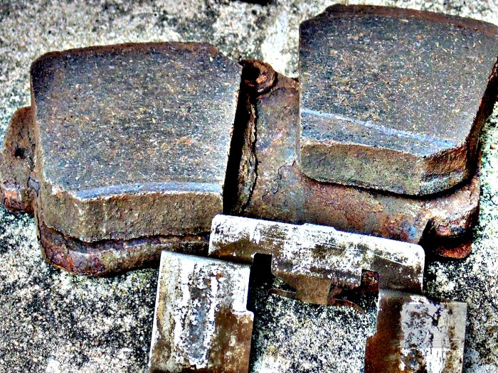 Metallic fret on brake component is very obvious however, real problem is destruction of ceramic-type pads.